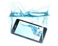 Под водой телефон